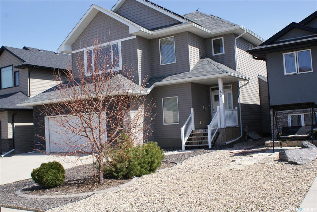 Main Photo: 422 Willowgrove Crescent in Saskatoon: Willowgrove Residential for sale : MLS®# SK808618