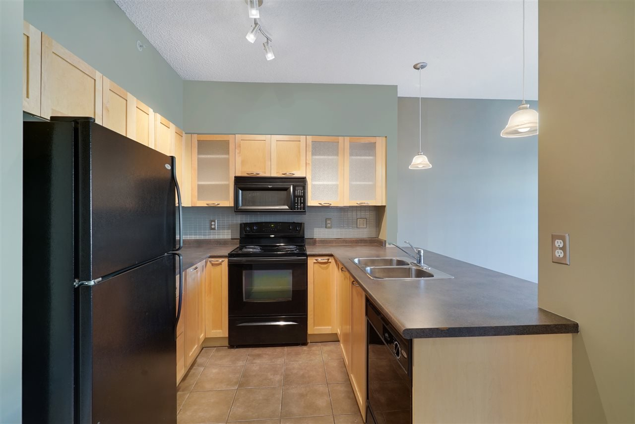 Main Photo: 2-612 4245 139 Avenue in Edmonton: Zone 35 Condo for sale : MLS®# E4217230