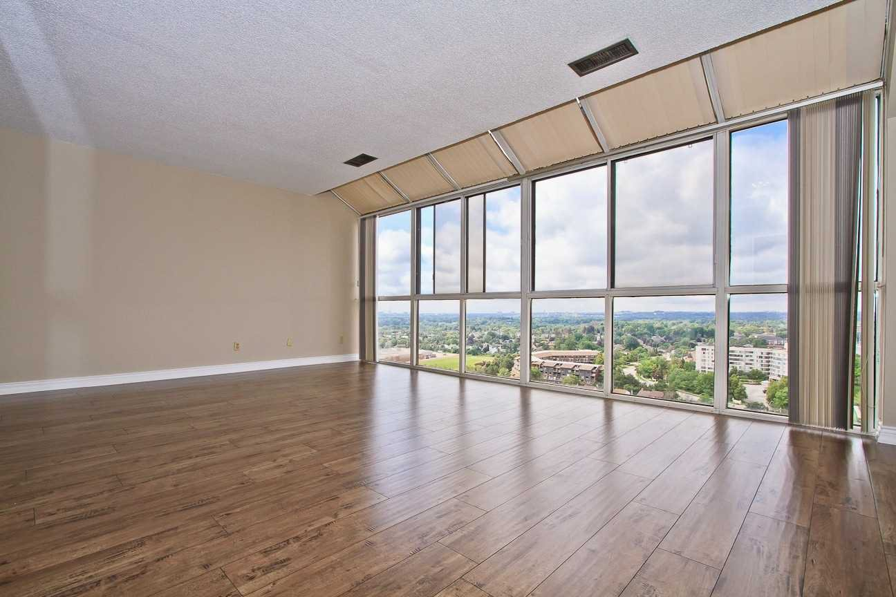 Photo 15: Photos: Ph 7 880 W Dundas Street in Mississauga: Erindale Condo for sale : MLS®# W4568093