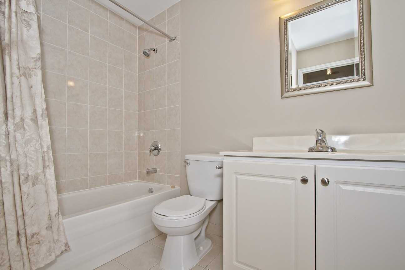 Photo 19: Photos: Ph 7 880 W Dundas Street in Mississauga: Erindale Condo for sale : MLS®# W4568093