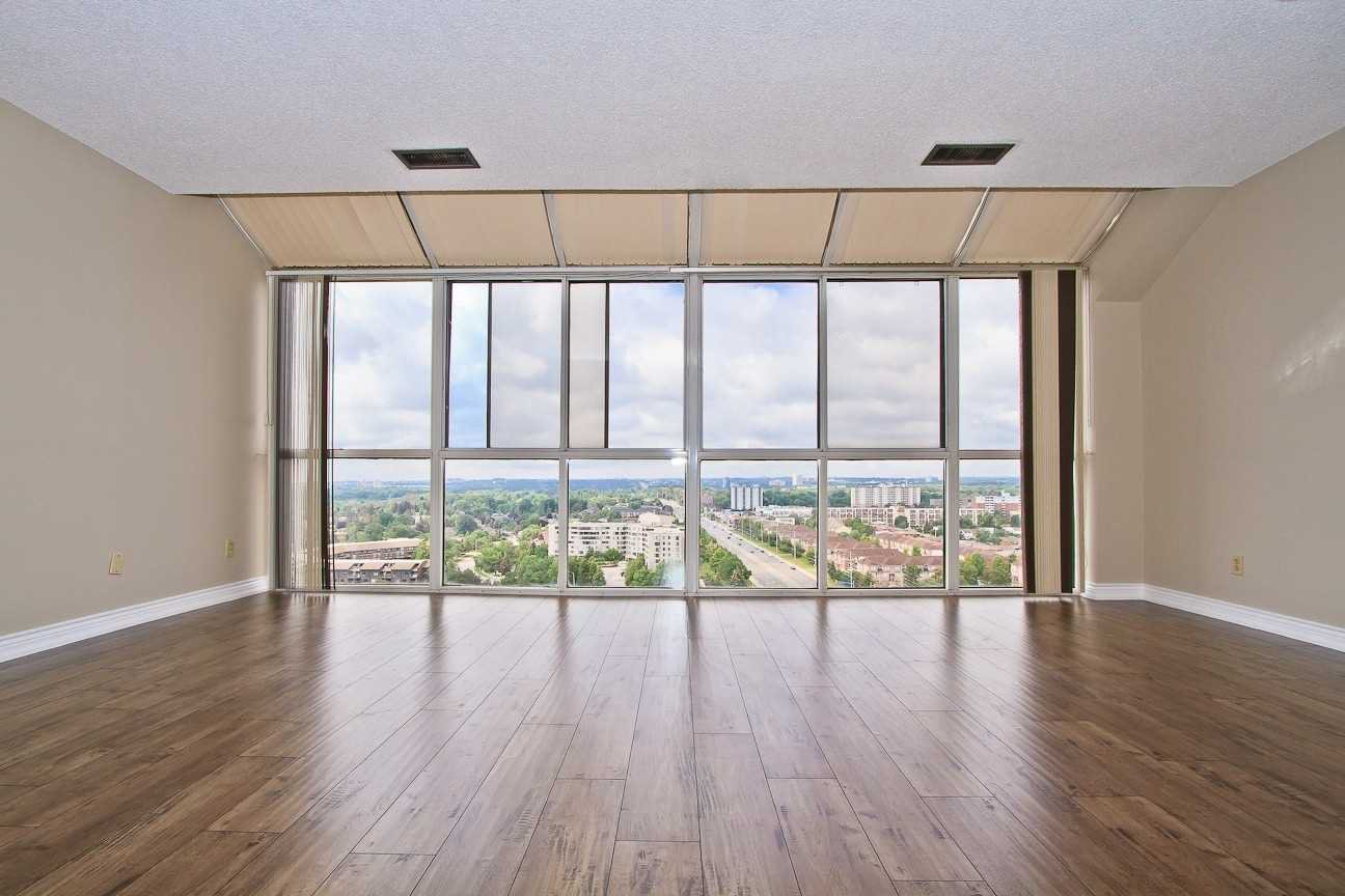 Photo 14: Photos: Ph 7 880 W Dundas Street in Mississauga: Erindale Condo for sale : MLS®# W4568093