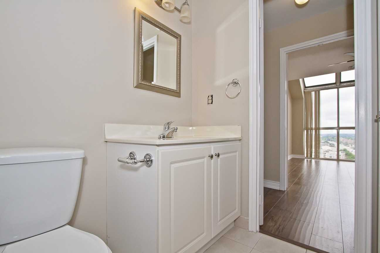 Photo 18: Photos: Ph 7 880 W Dundas Street in Mississauga: Erindale Condo for sale : MLS®# W4568093