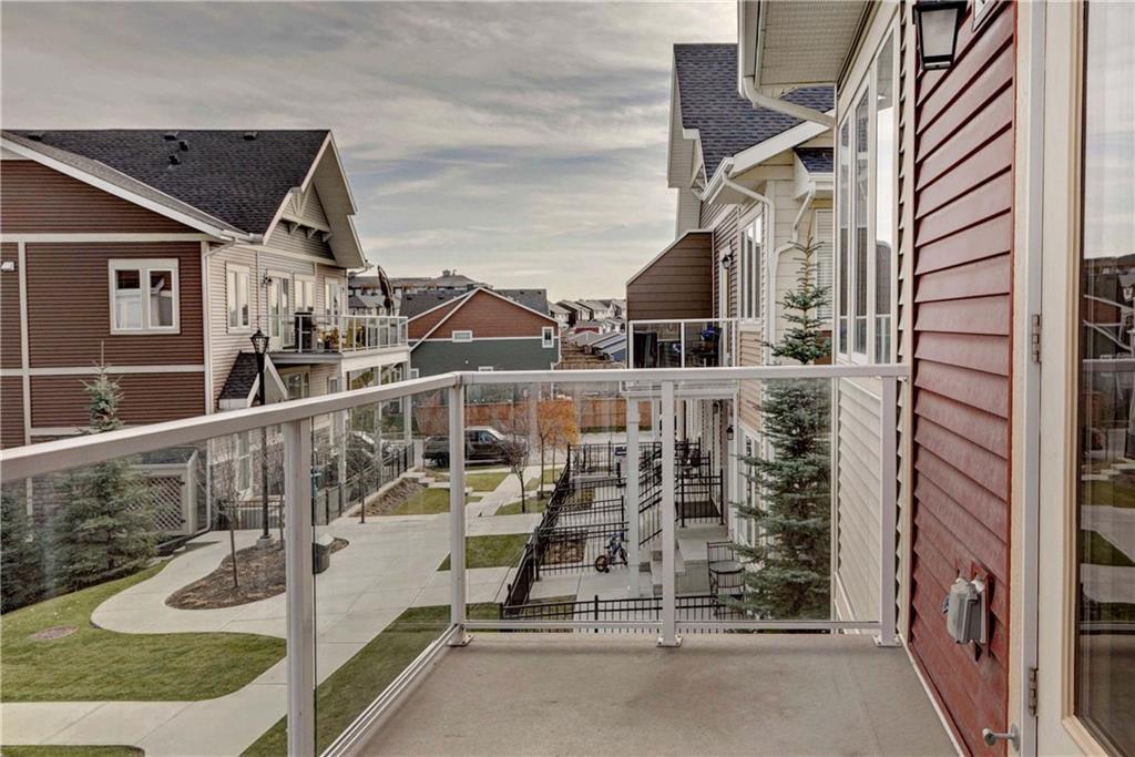 Photo 8: Photos: 124 AUBURN MEADOWS Walk SE in Calgary: Auburn Bay Row/Townhouse for sale : MLS®# C4273742