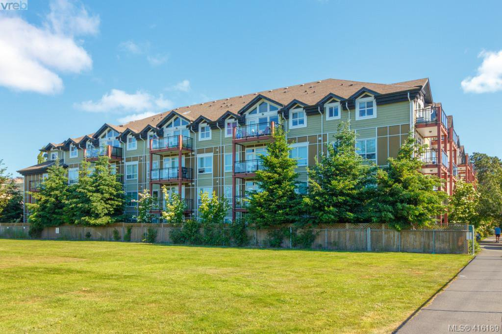 Main Photo: 315 2710 Jacklin Rd in VICTORIA: La Langford Proper Condo Apartment for sale (Langford)  : MLS®# 825585