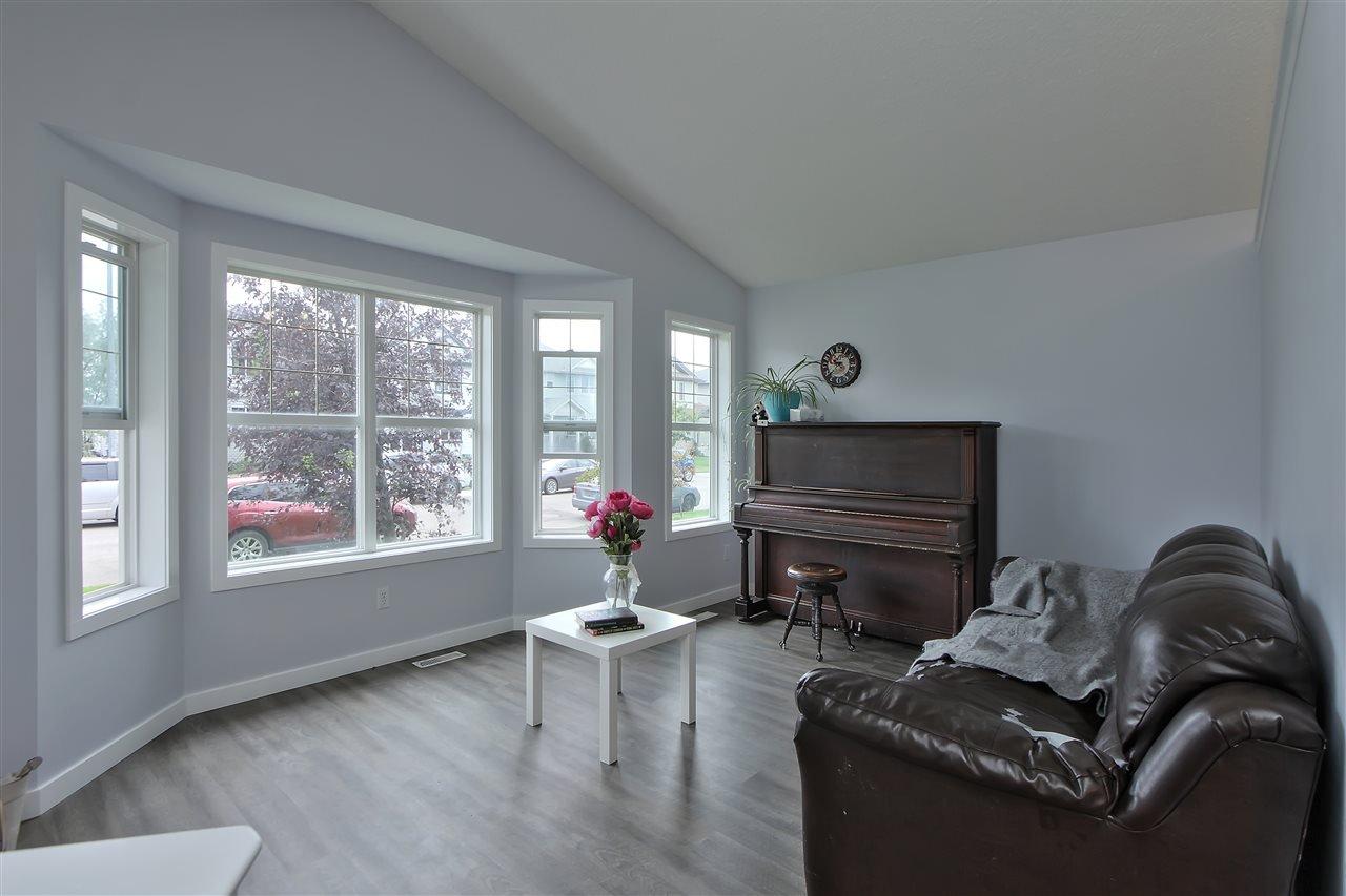 Main Photo: 16 HEATHERGLEN Close: Spruce Grove House for sale : MLS®# E4179381