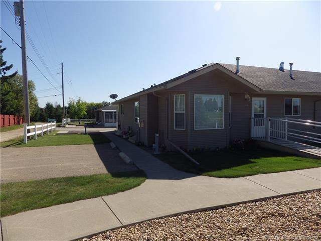 Main Photo: 10 100 Legacy Lane in Rimbey: Residential for sale : MLS®# CA0192687