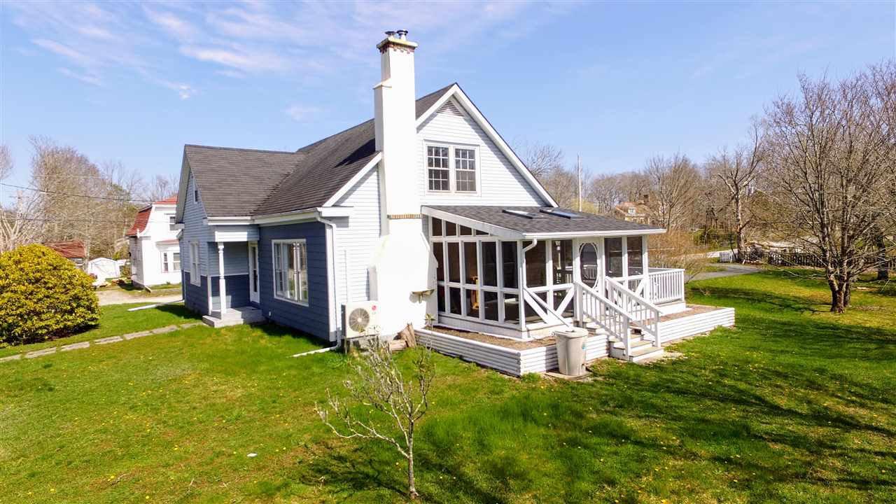 Main Photo: 49 Bulkley Street in Shelburne: 407-Shelburne County Residential for sale (South Shore)  : MLS®# 202007507