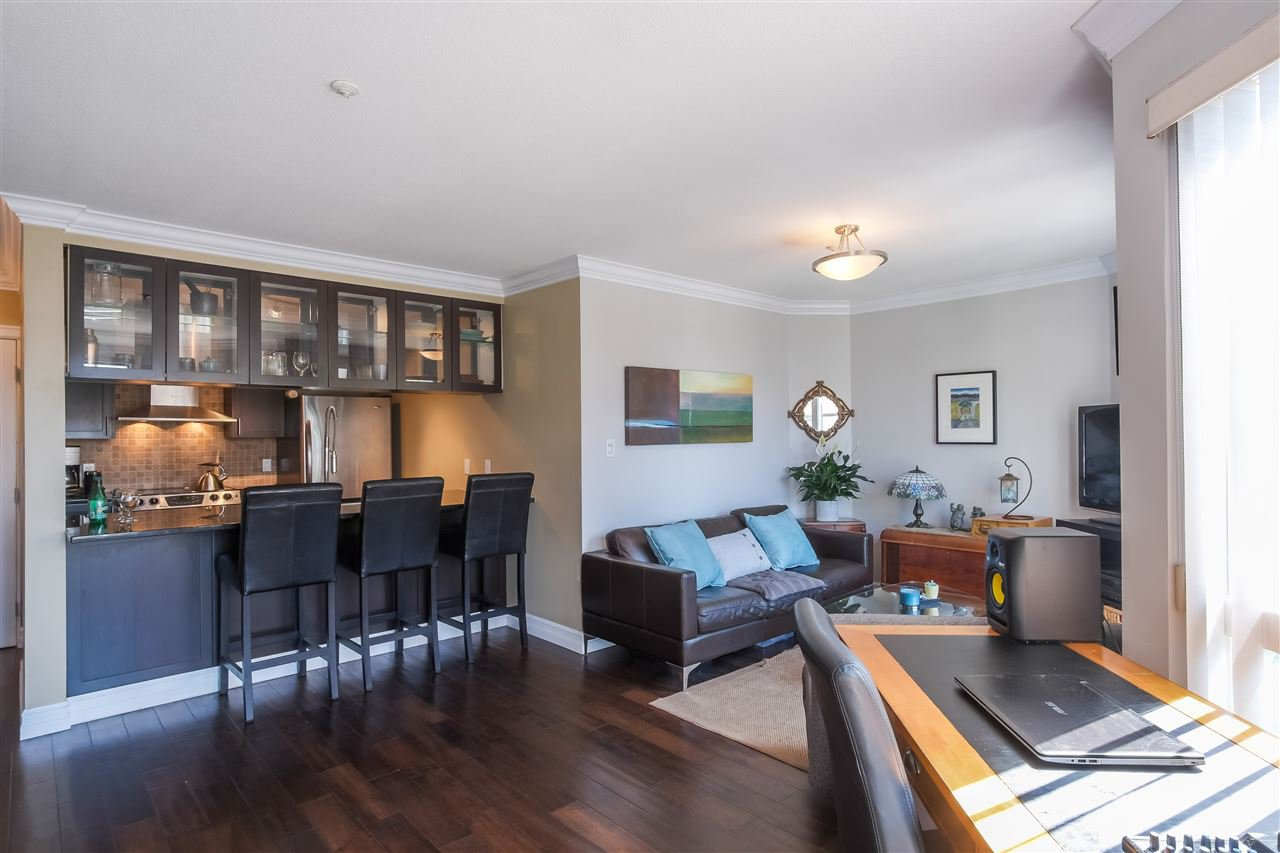 Main Photo: 212 315 RENFREW Street in Vancouver: Hastings Sunrise Condo for sale (Vancouver East)  : MLS®# R2403387