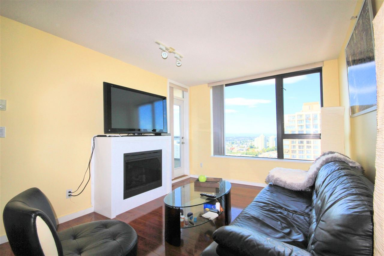 Photo 3: Photos: 2808 7063 HALL Avenue in Burnaby: Highgate Condo for sale (Burnaby South)  : MLS®# R2410084