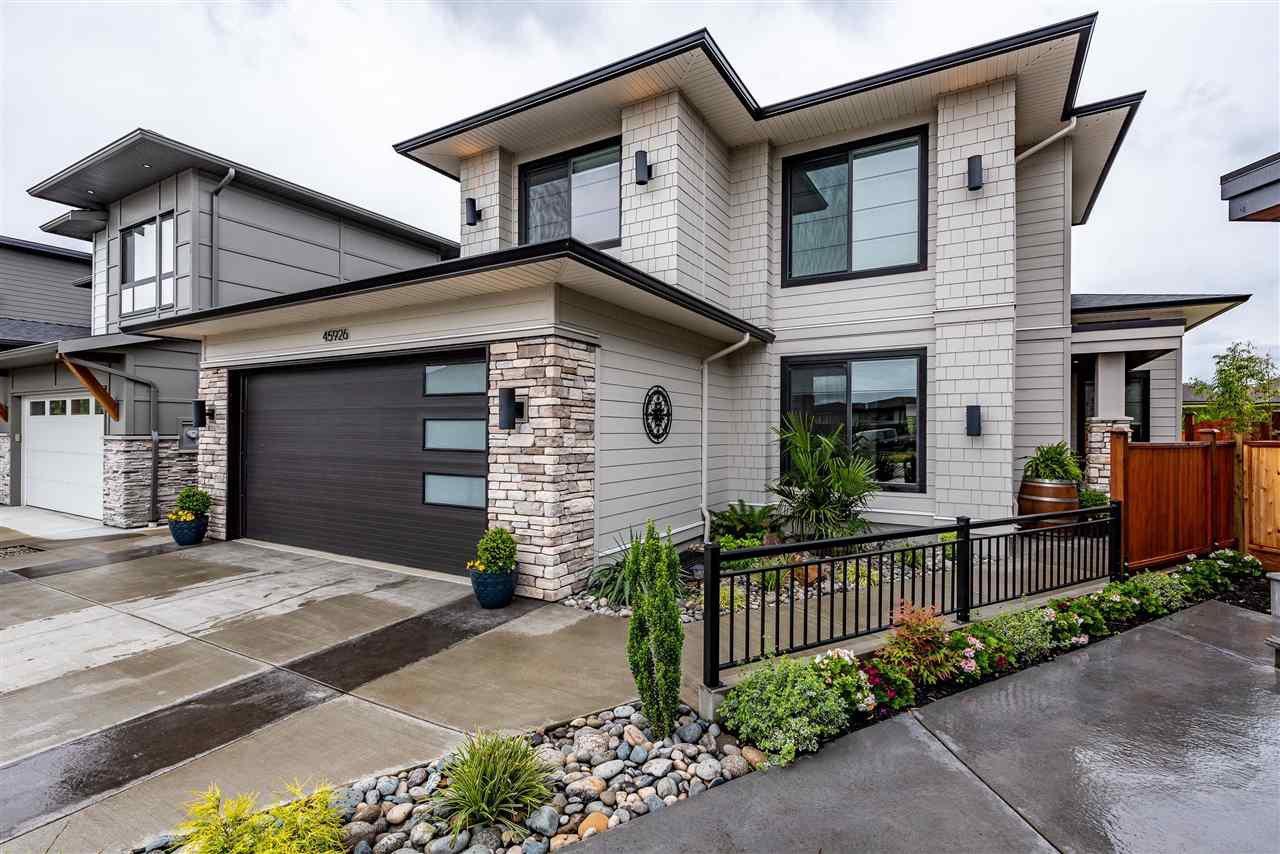 "Main Photo: 45926 BIRDIE Place in Chilliwack: Sardis East Vedder Rd House for sale in ""FAIRWAYS AT HIGGINSON ESTATES"" (Sardis)  : MLS®# R2466104"