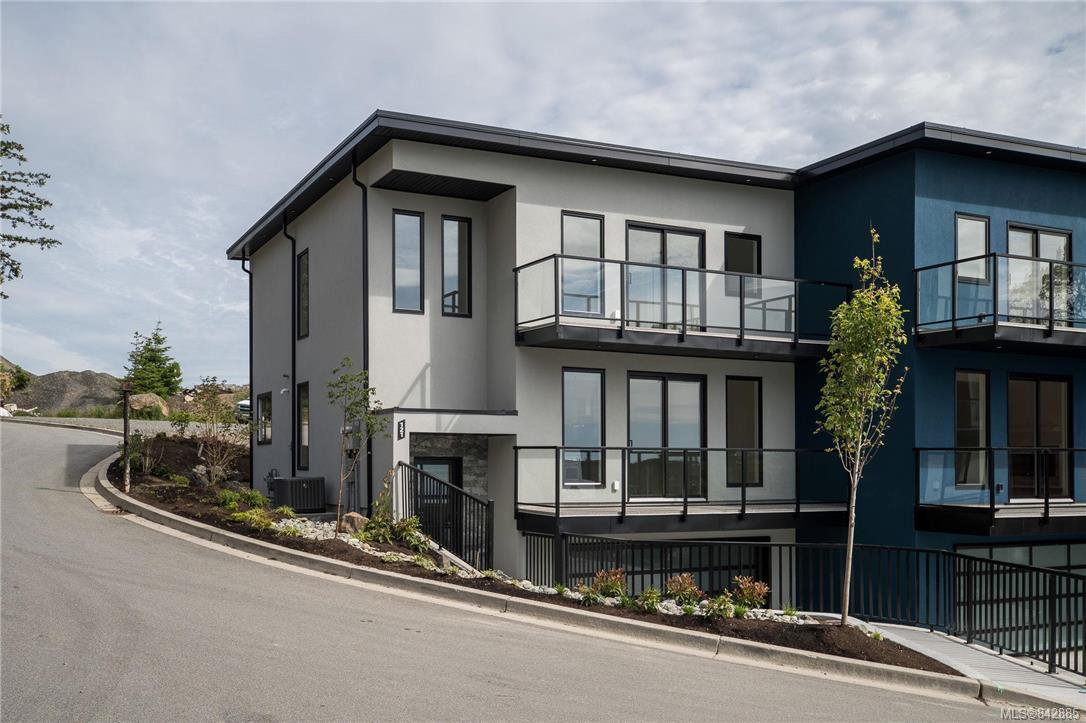 Main Photo: 121 539 Delora Dr in Colwood: Co Royal Bay Row/Townhouse for sale : MLS®# 842885