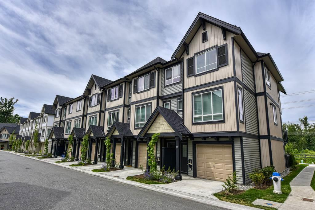 Main Photo: 54 30930 WESTRIDGE Place in Abbotsford: Abbotsford West Townhouse for sale : MLS®# R2407346