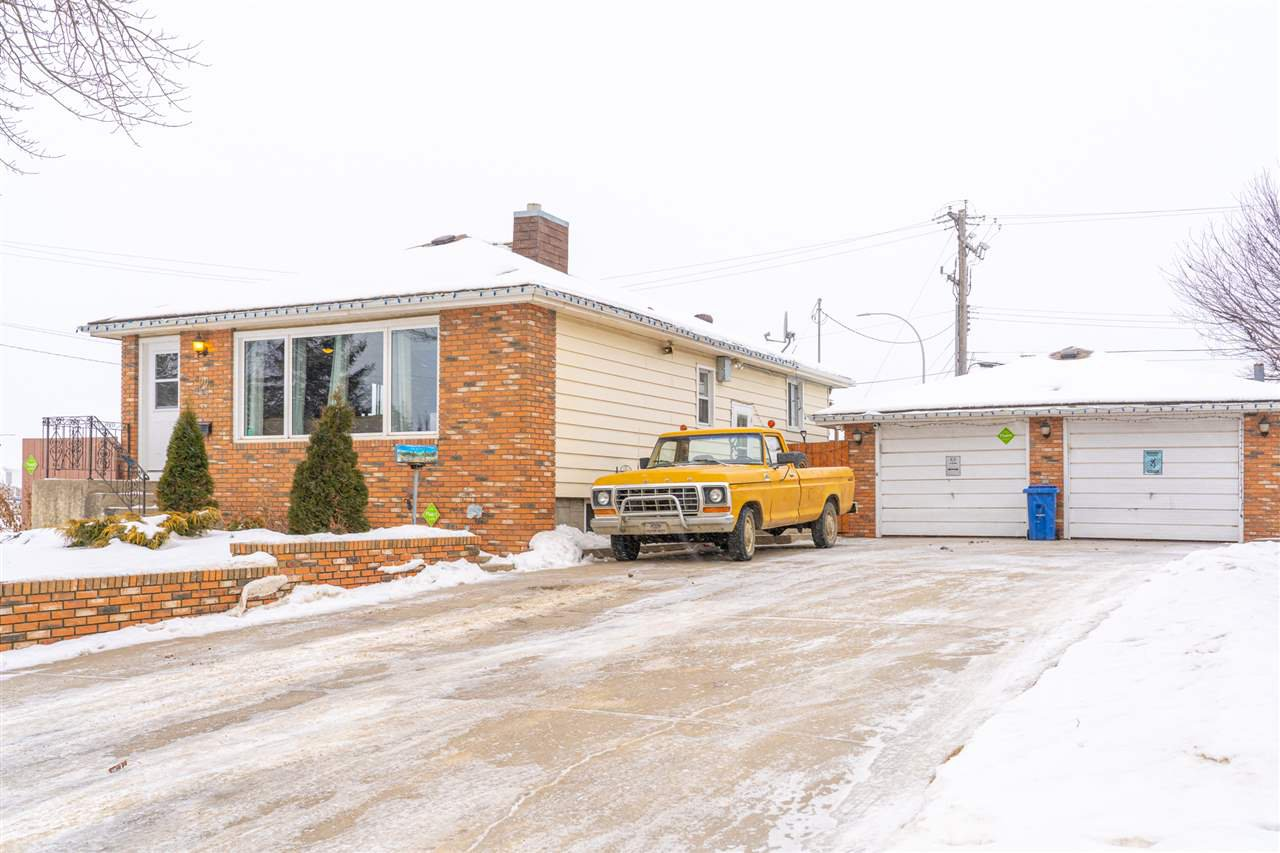 Main Photo: 4002 55 Street: Wetaskiwin House for sale : MLS®# E4183323