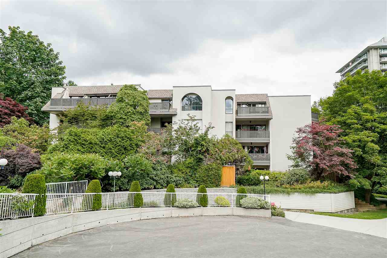 Main Photo: 315 1945 WOODWAY Place in Burnaby: Brentwood Park Condo for sale (Burnaby North)  : MLS®# R2487457