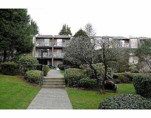 Main Photo: 215 3911 CARRIGAN CT in Burnaby: Government Road Condo for sale (Burnaby North)  : MLS®# V574353