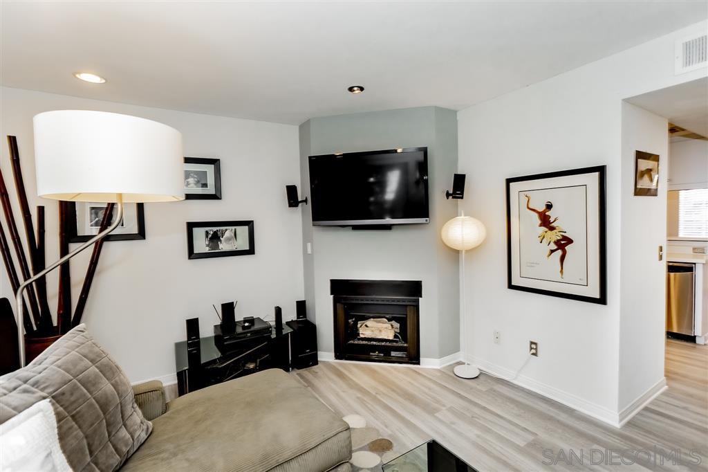 Main Photo: SAN DIEGO Townhome for sale : 3 bedrooms : 4111 Poplar Street #Apt 11