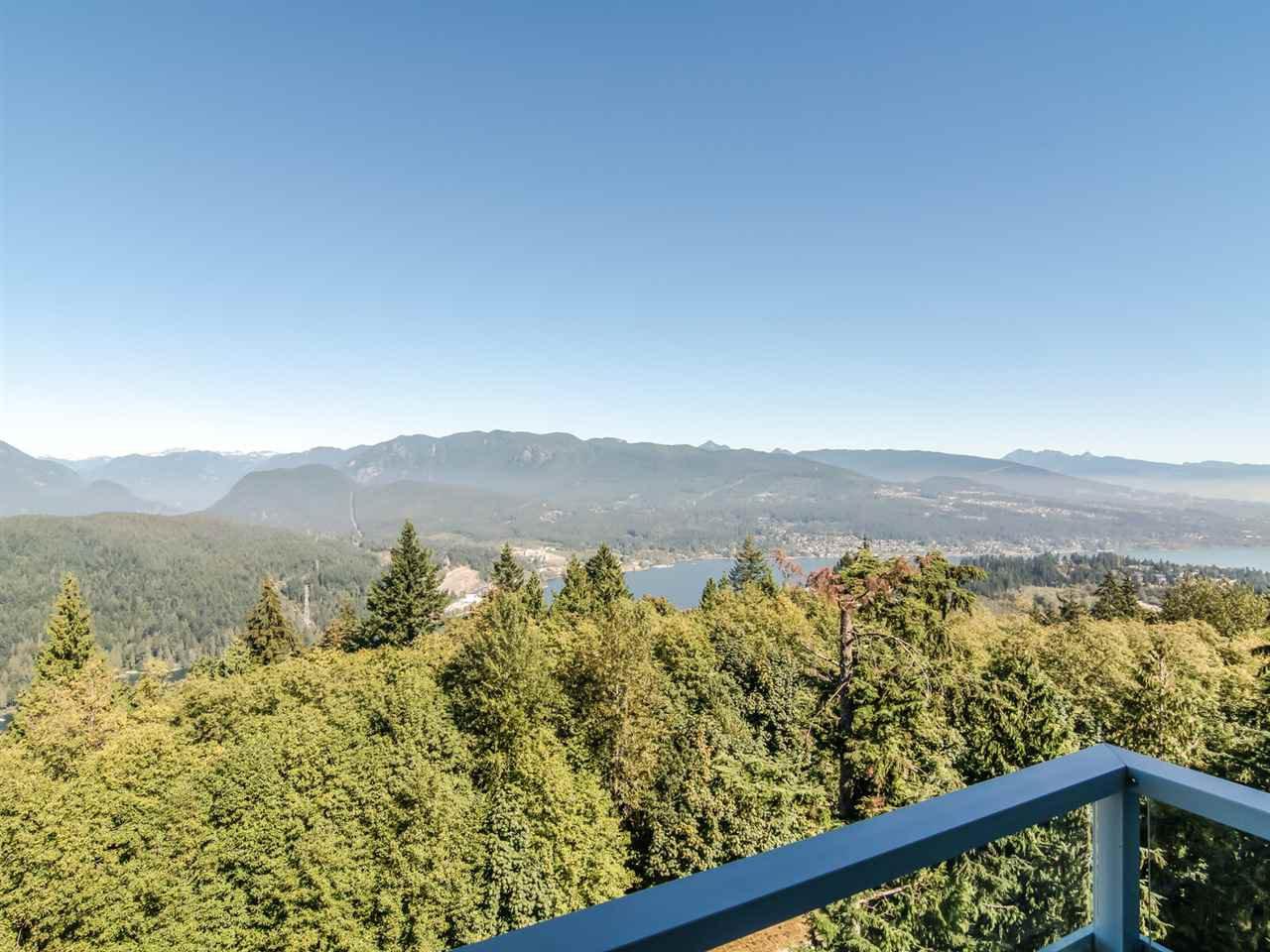 "Main Photo: 1007 9060 UNIVERSITY Crescent in Burnaby: Simon Fraser Univer. Condo for sale in ""Altitude"" (Burnaby North)  : MLS®# R2498852"