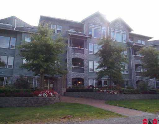 "Main Photo: 204 15558 16A AV in White Rock: King George Corridor Condo for sale in ""Sandring Ham"" (South Surrey White Rock)  : MLS®# F2510055"