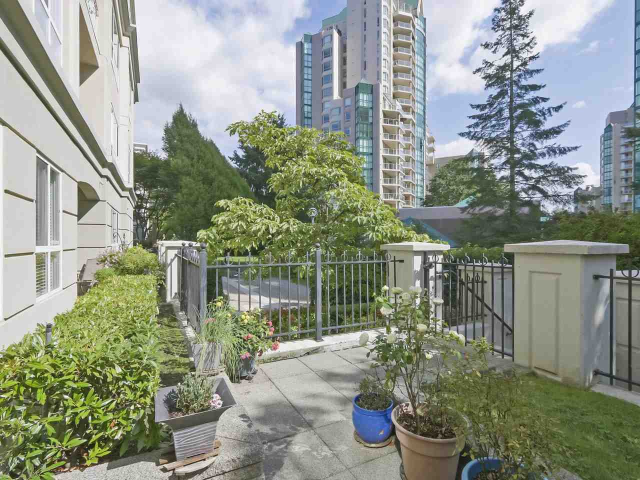 kitchen patio offers convenient walk out access to enjoy the courtyard garden and pathways to Pipeline Road or Eastwood St.,