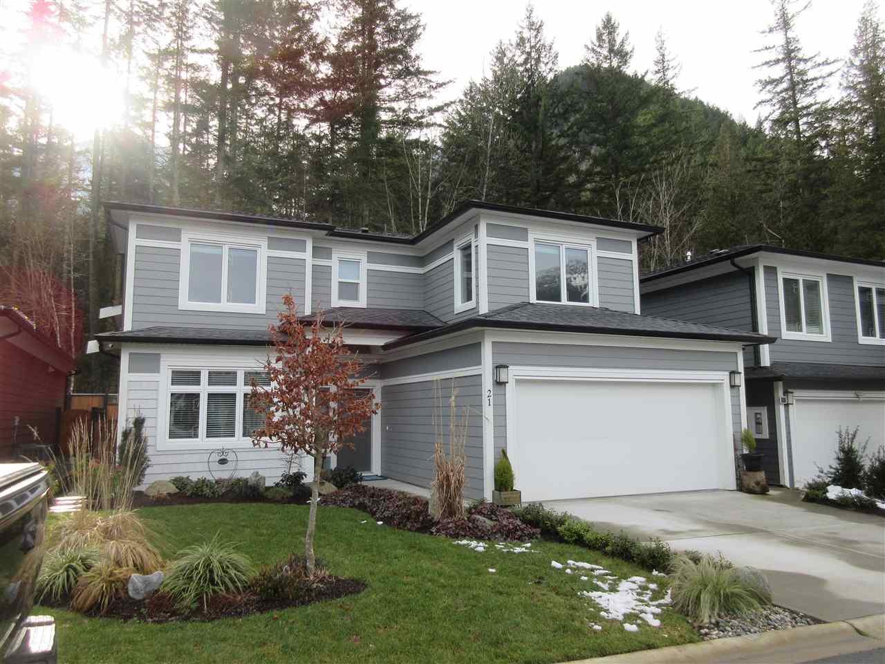 "Main Photo: 21 63650 FLOOD HOPE Road in Hope: Hope Silver Creek House for sale in ""CREEKSIDE ESTATES"" : MLS®# R2435397"