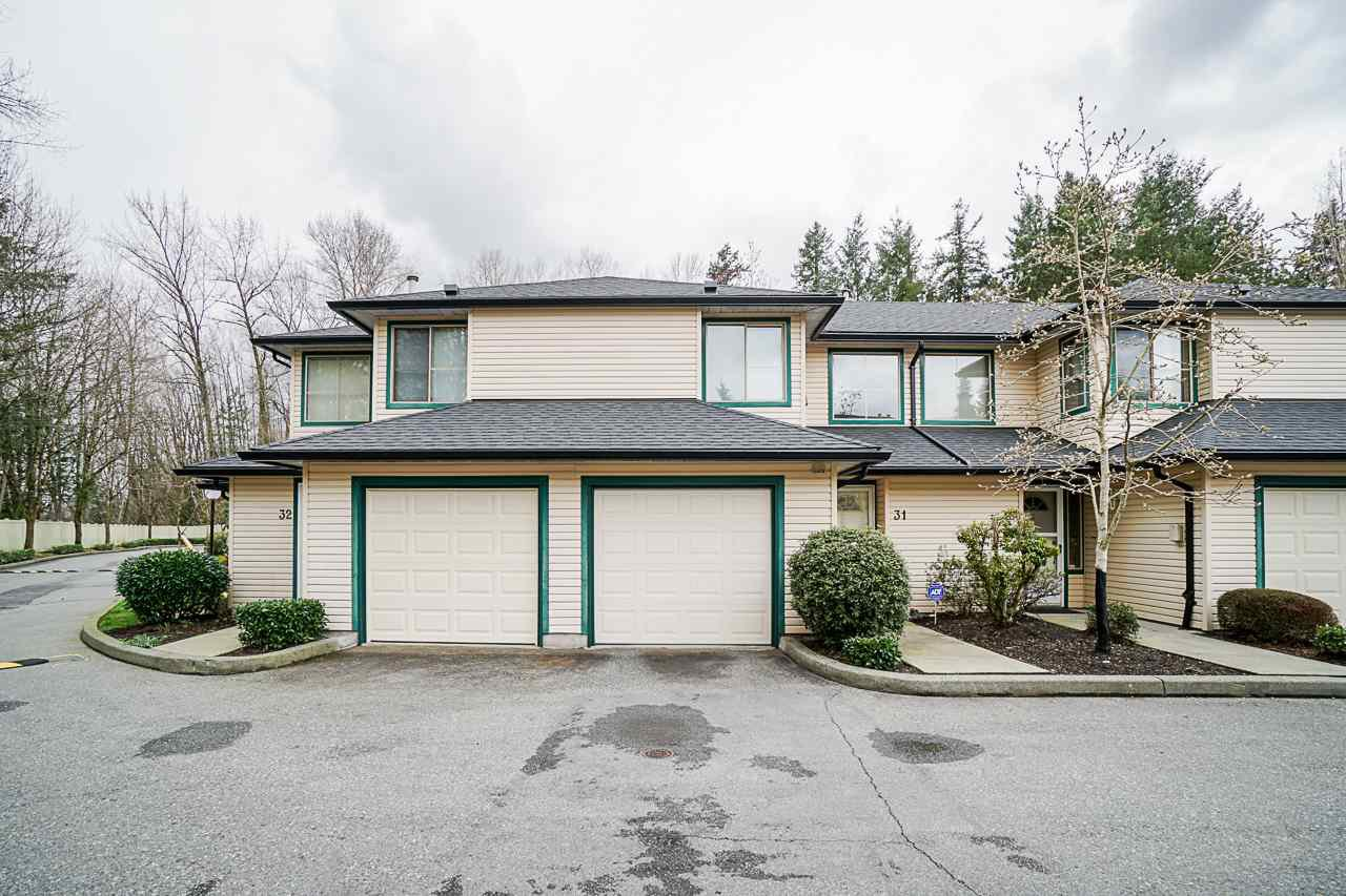 """Main Photo: 31 21960 RIVER ROAD Road in Maple Ridge: West Central Townhouse for sale in """"Foxborough Hills"""" : MLS®# R2447686"""