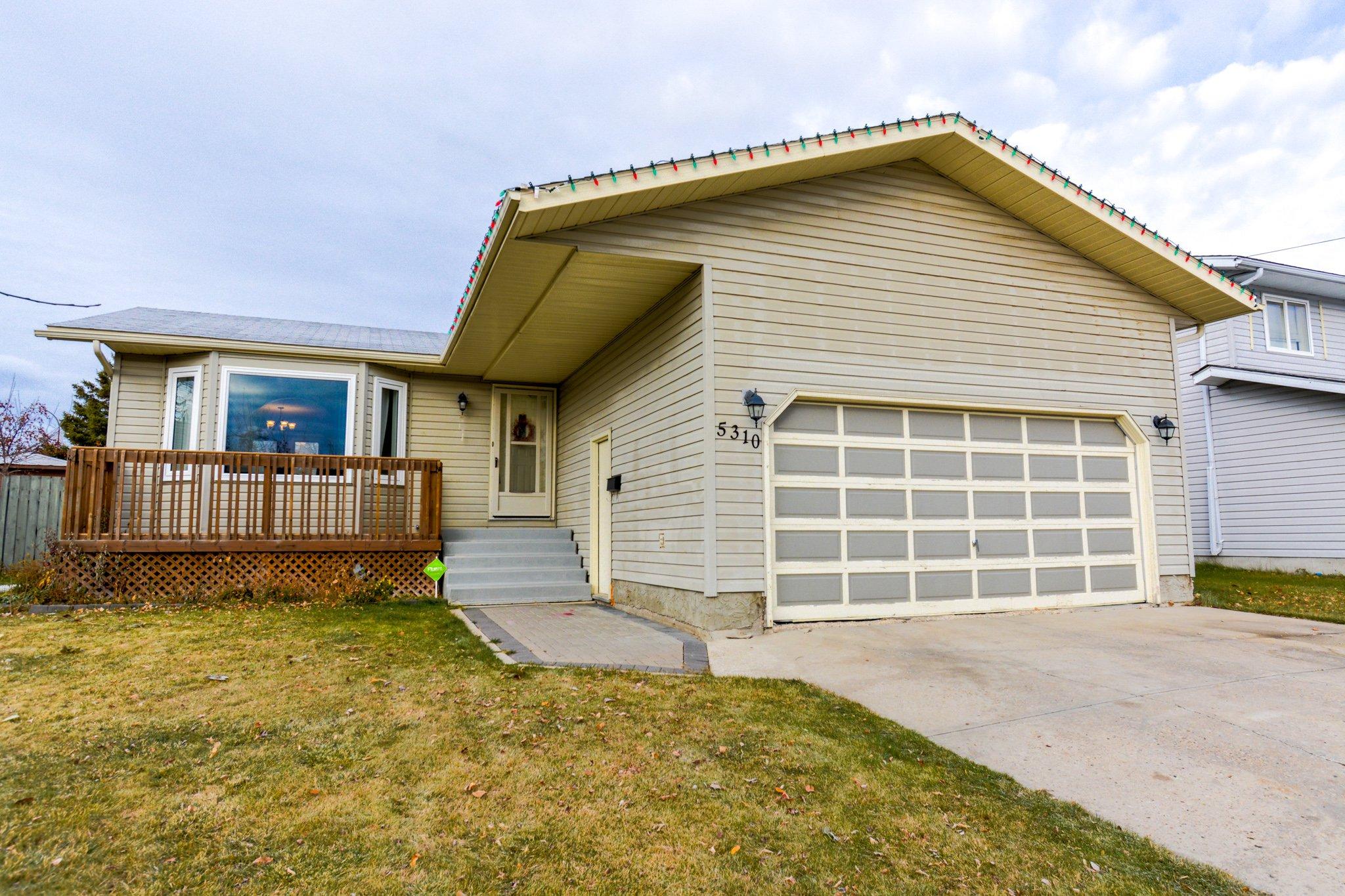 Main Photo: 5310 38 Street: Cold Lake House for sale : MLS®# E4219496