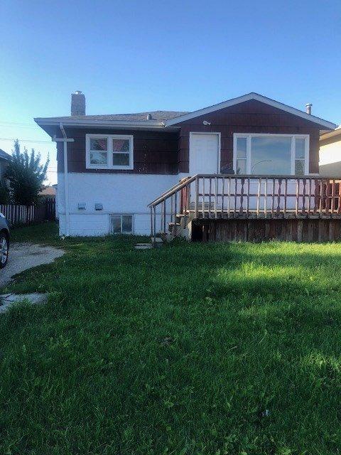 Main Photo: 15910 100 Avenue in Edmonton: Zone 22 House for sale : MLS®# E4169874