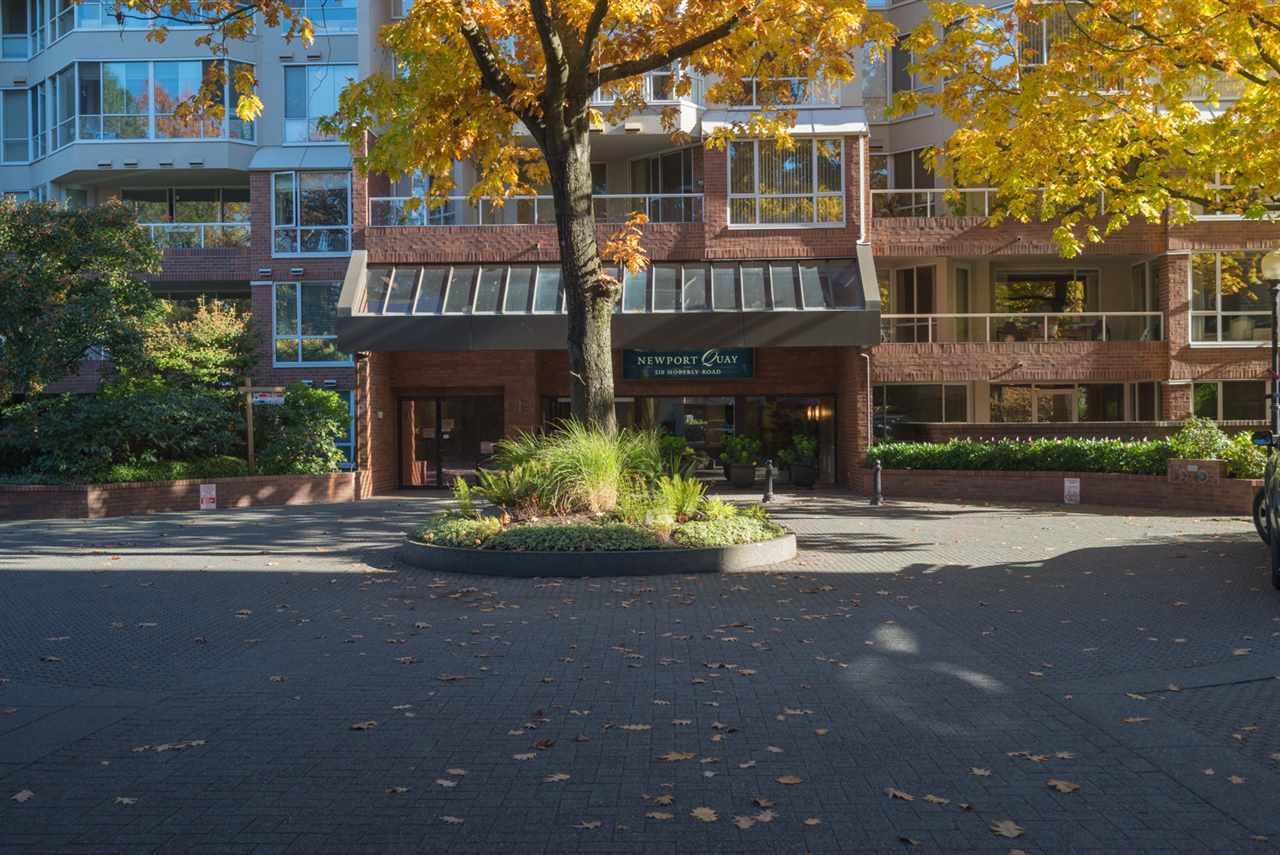 Main Photo: 213 518 MOBERLY ROAD in Vancouver: False Creek Condo for sale (Vancouver West)  : MLS®# R2116693