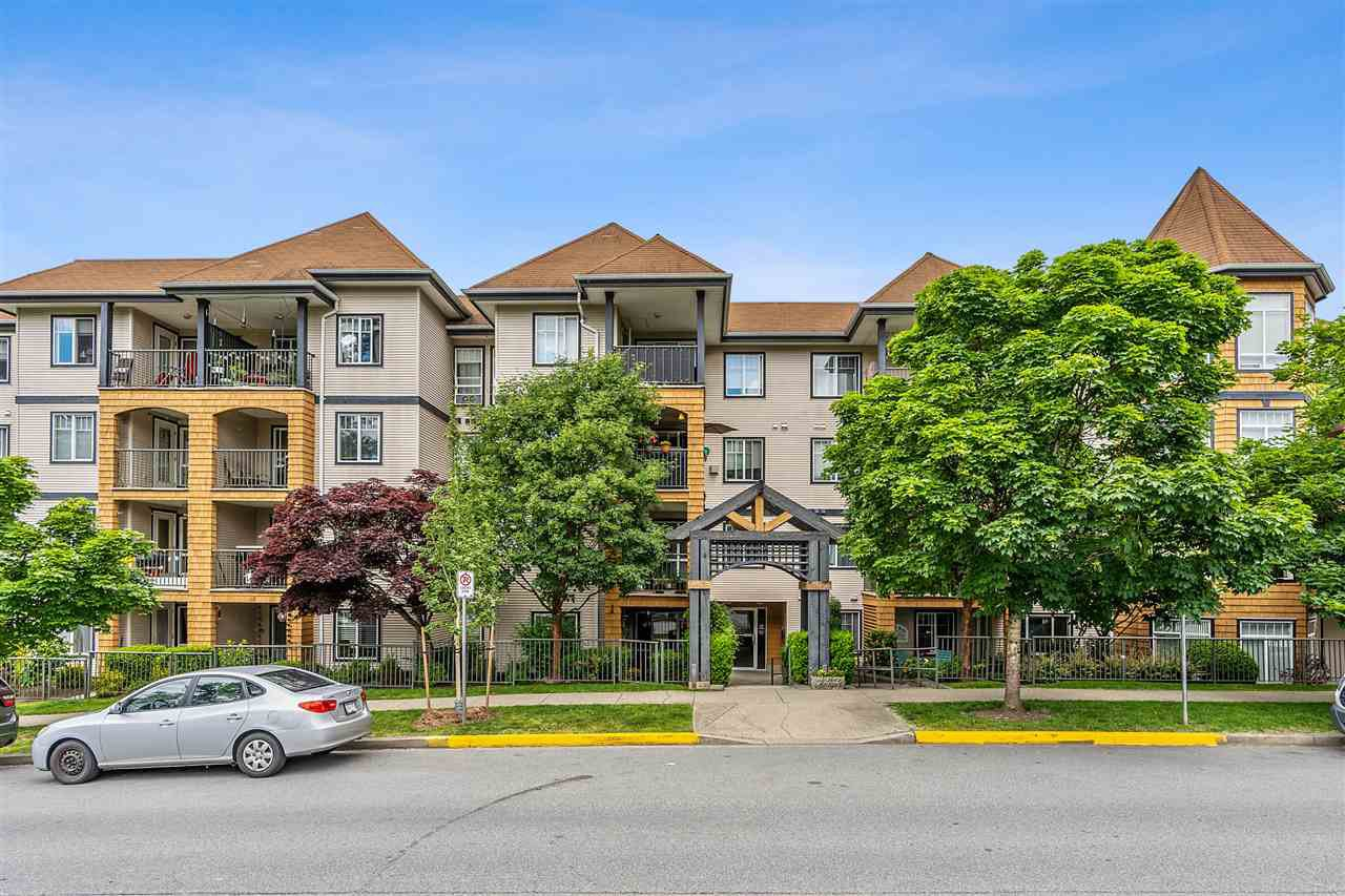 Main Photo: 408 12207 224 Street in Maple Ridge: West Central Condo for sale : MLS®# R2462814