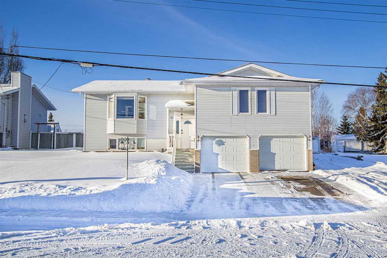 Main Photo: 1003 7 Street: Cold Lake House for sale : MLS®# E4223520