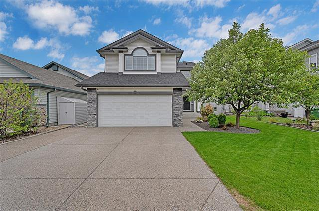 Main Photo: 2357 FAIRWAYS Circle NW: Airdrie Detached for sale : MLS®# C4302676