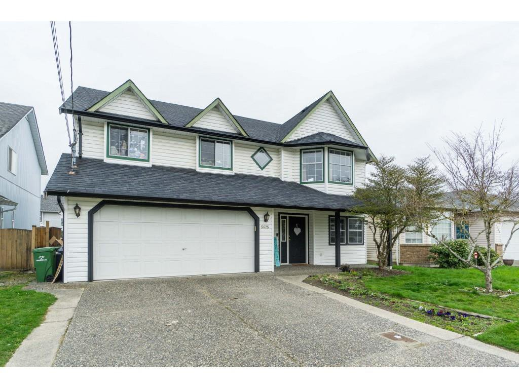 Main Photo: 5625 CARTER Road in Chilliwack: Vedder S Watson-Promontory House for sale (Sardis)  : MLS®# R2448981