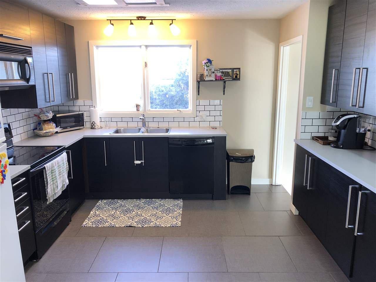 Main Photo: 10216 109 Avenue: Westlock House for sale : MLS®# E4216143