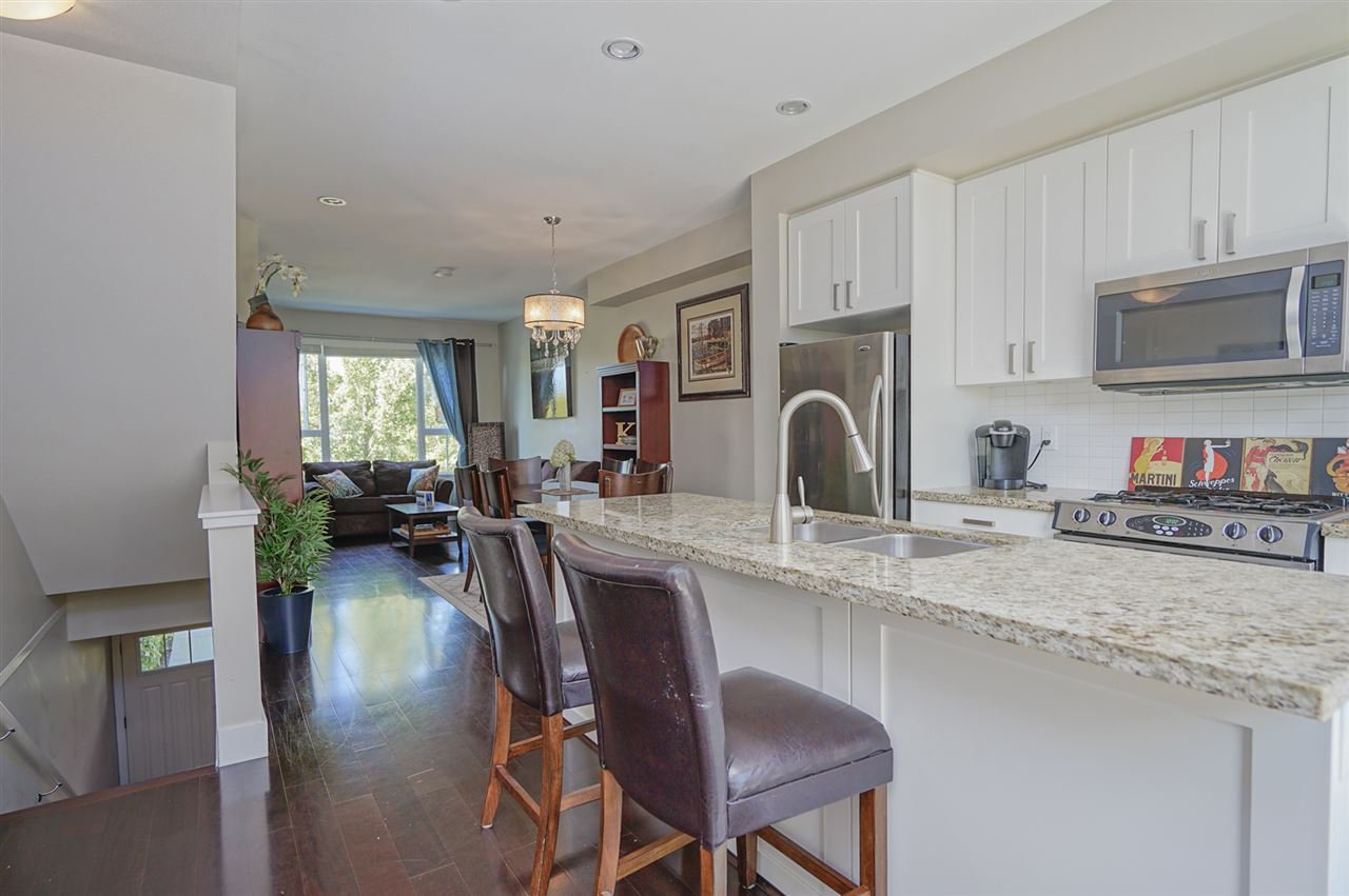 """Photo 4: Photos: 196 2501 161A Street in Surrey: Grandview Surrey Townhouse for sale in """"HIGHLAND PARK"""" (South Surrey White Rock)  : MLS®# R2391169"""