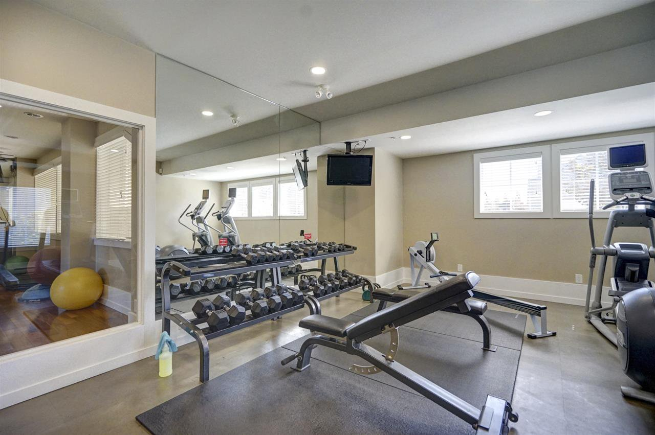 """Photo 14: Photos: 196 2501 161A Street in Surrey: Grandview Surrey Townhouse for sale in """"HIGHLAND PARK"""" (South Surrey White Rock)  : MLS®# R2391169"""
