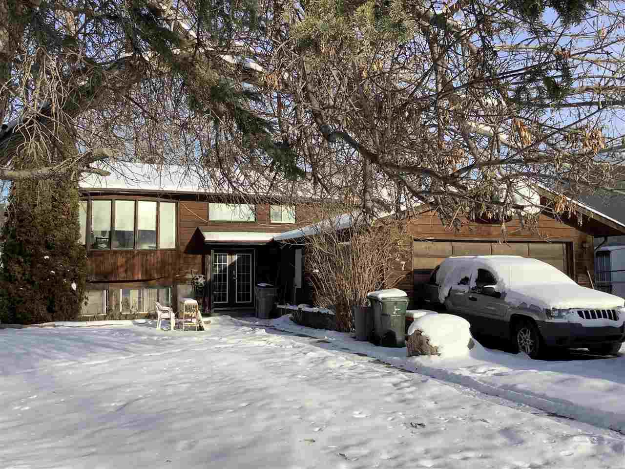 Main Photo: 27 CAMPBELL Drive: Stony Plain House for sale : MLS®# E4169379