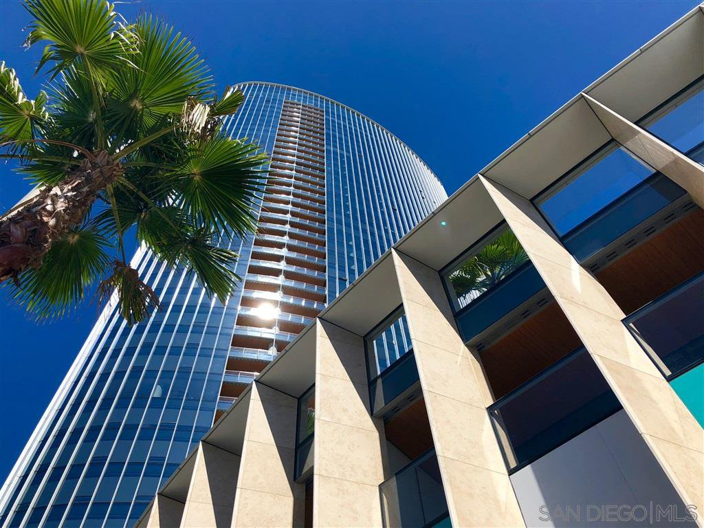 Main Photo: DOWNTOWN Condo for rent : 2 bedrooms : 888 W E St #802 in San Diego