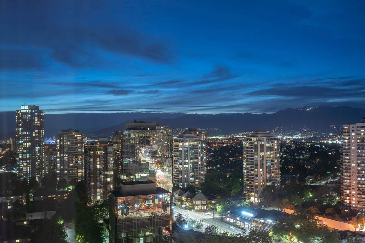 "Main Photo: 2907 6088 WILLINGDON Avenue in Burnaby: Metrotown Condo for sale in ""THE CRYSTAL"" (Burnaby South)  : MLS®# R2507231"