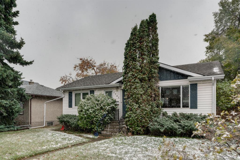Main Photo: 1727 20 Avenue NW in Calgary: Capitol Hill Detached for sale : MLS®# A1043151