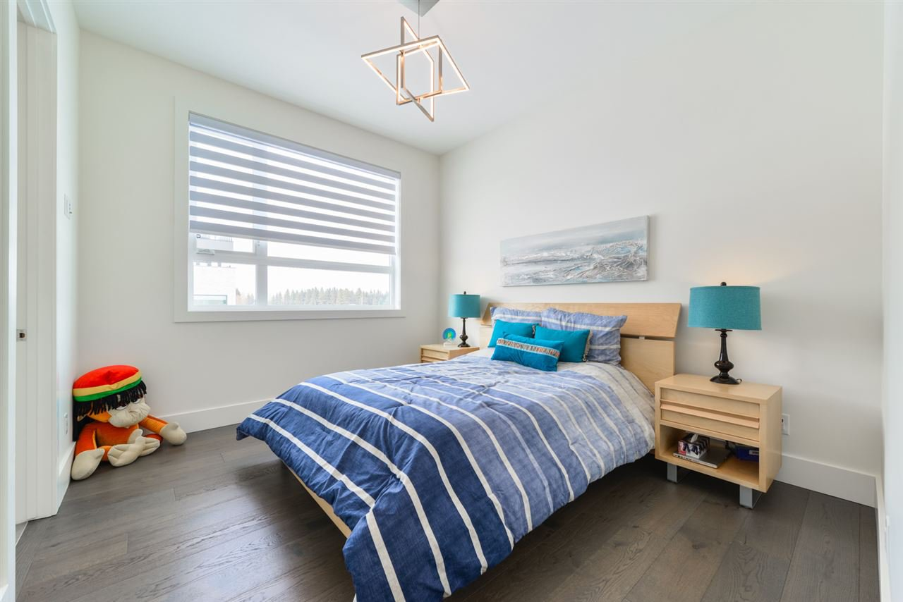 Photo 14: Photos: 945 WOOD Place in Edmonton: Zone 56 House for sale : MLS®# E4189634