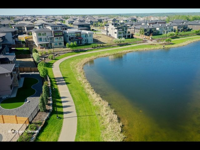 Photo 33: Photos: 945 WOOD Place in Edmonton: Zone 56 House for sale : MLS®# E4189634
