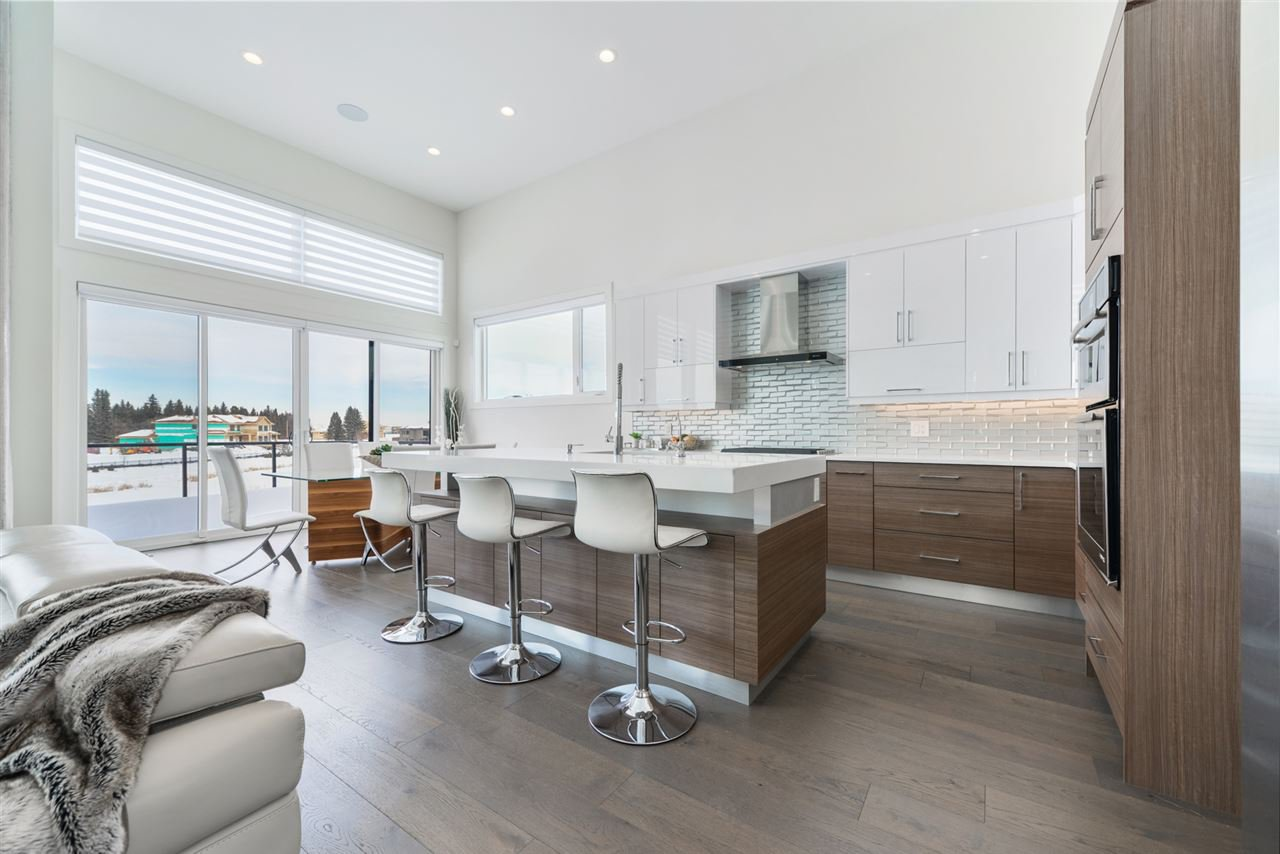 Photo 8: Photos: 945 WOOD Place in Edmonton: Zone 56 House for sale : MLS®# E4189634