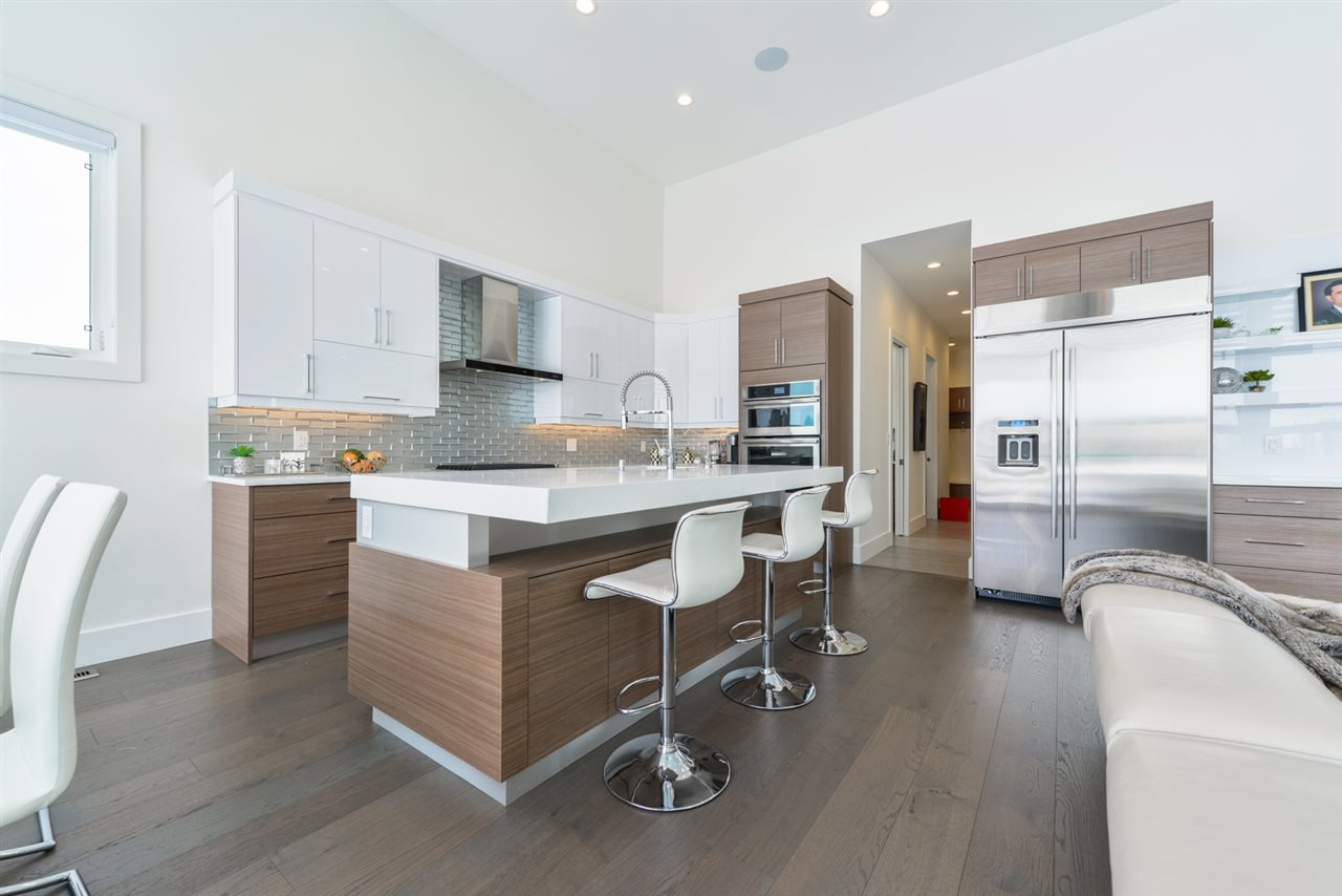 Photo 7: Photos: 945 WOOD Place in Edmonton: Zone 56 House for sale : MLS®# E4189634