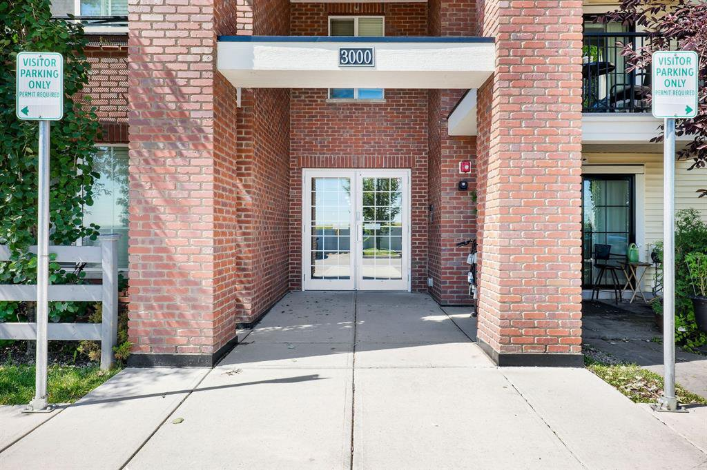 Main Photo: 3109 755 Copperpond Boulevard SE in Calgary: Copperfield Apartment for sale : MLS®# A1039096