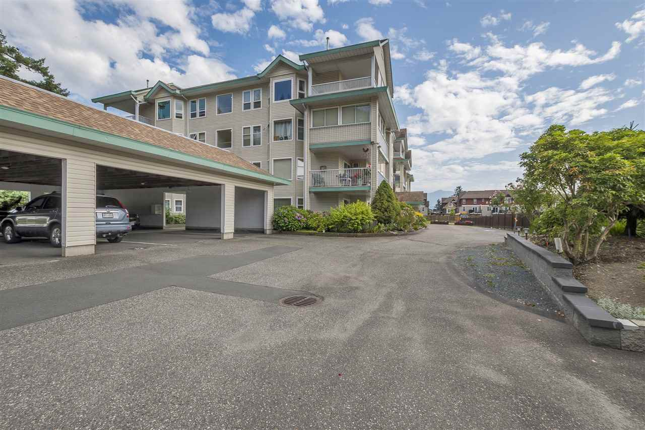 """Main Photo: 203 46966 YALE Road in Chilliwack: Chilliwack E Young-Yale Condo for sale in """"Mountainview Estates"""" : MLS®# R2396899"""