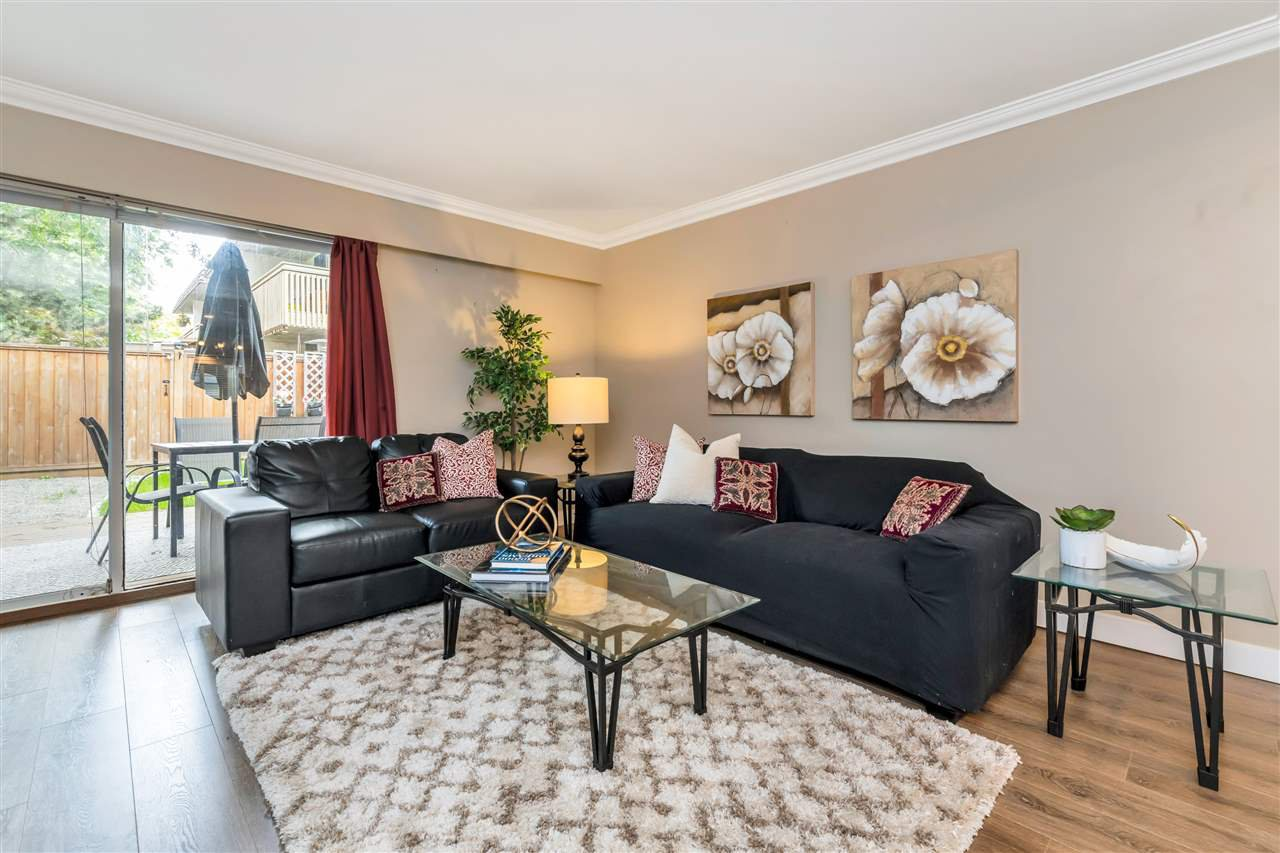 """Main Photo: 22741 GILLEY Avenue in Maple Ridge: East Central Townhouse for sale in """"CEDAR GROVE 2"""" : MLS®# R2480697"""