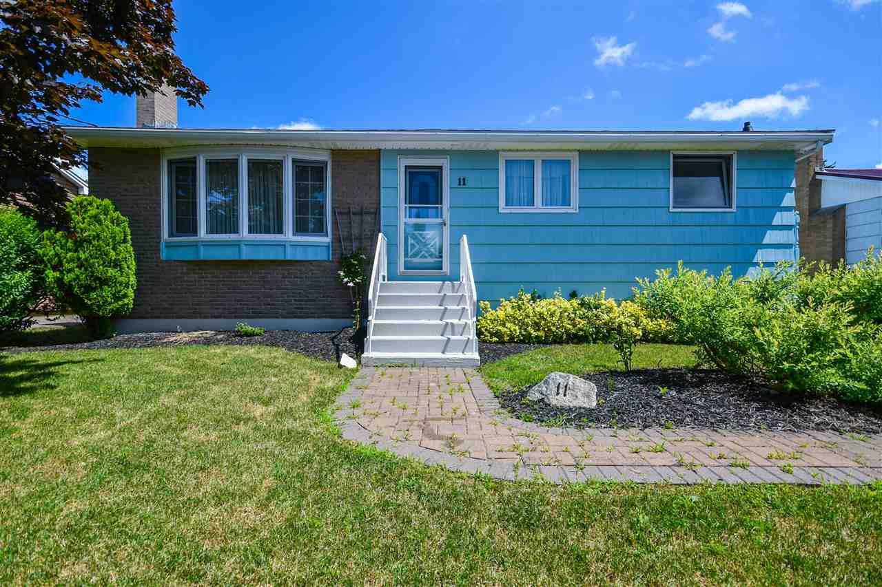 Main Photo: 11 Delmac Court in Dartmouth: 17-Woodlawn, Portland Estates, Nantucket Residential for sale (Halifax-Dartmouth)  : MLS®# 202015197