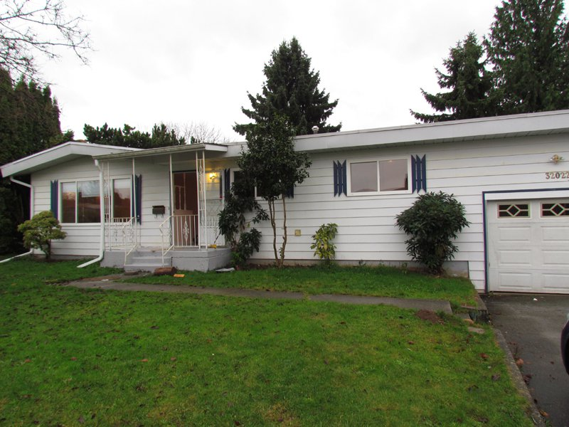 Main Photo: 32022 Melmar Ave in Abbotsford: Abbotsford West House for rent
