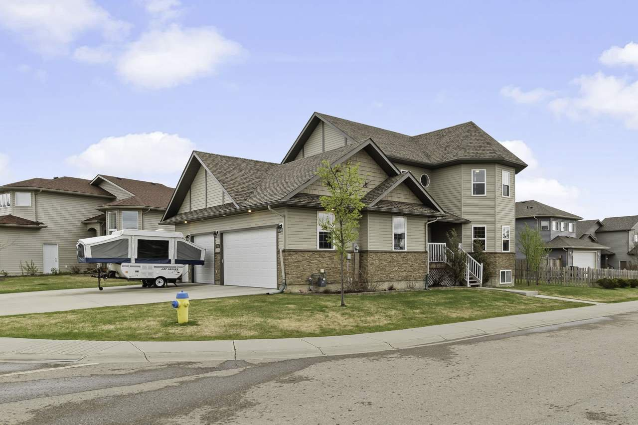 Main Photo: 2554 Lockhart Way: Cold Lake House for sale : MLS®# E4199279