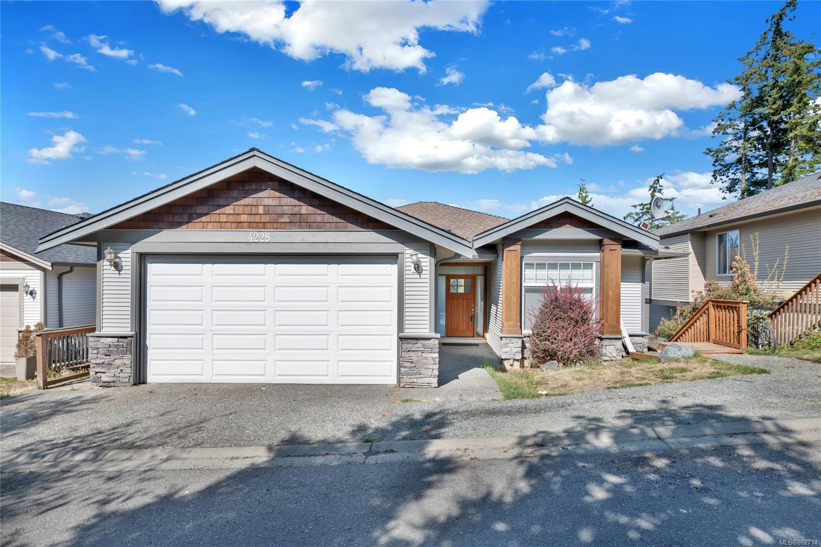 Main Photo: 4228 Gulfview Dr in : Na North Nanaimo House for sale (Nanaimo)  : MLS®# 862714